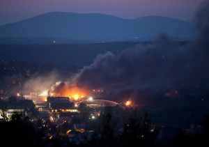 Deadly fire at Lac-Magantic, Quebec on July 6th, 2013.(Photo credit:François Laplante-Delagrave/AFP/Getty Images.)