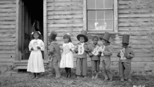 Fort Simpson Indian Residential School 1922 J.F. Moran / Library and Archives Canada
